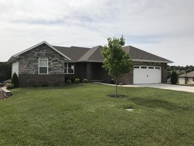 Nixa Single Family Home For Sale: 845 South Cobble Creek Boulevard
