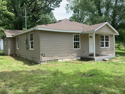 Cassville Single Family Home For Sale: 19508 Mo-112
