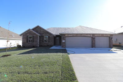 Nixa Single Family Home For Sale: 1668 North Pinnacle Avenue #Lot 112