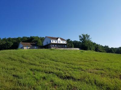 Cassville Single Family Home For Sale: 19774 Rock Creek Road
