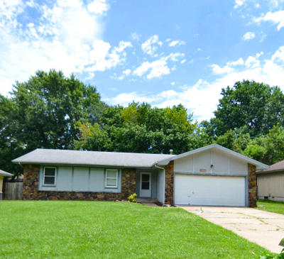 Springfield Single Family Home For Sale: 3636 South Walnut Hill Drive