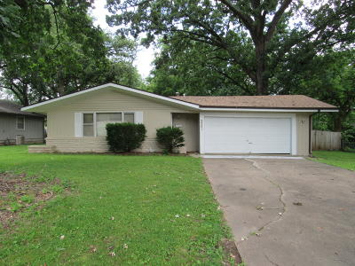Springfield Single Family Home For Sale: 3301 South Dayton Avenue