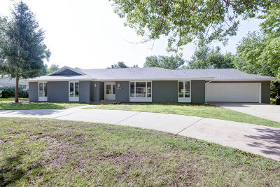 Springfield Single Family Home For Sale: 2810 East Southern Hills Boulevard