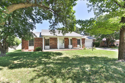 Bolivar Single Family Home For Sale: 2109 West Jackson Street