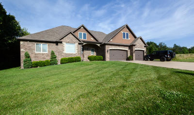 Nixa Single Family Home For Sale: 4742 Pine Haven Road