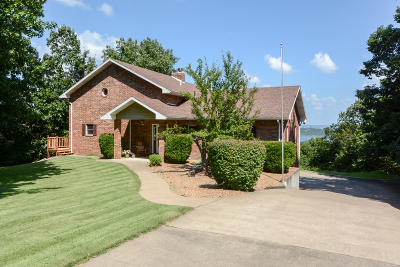Reeds Spring Single Family Home For Sale: 213 Dogwood Crest
