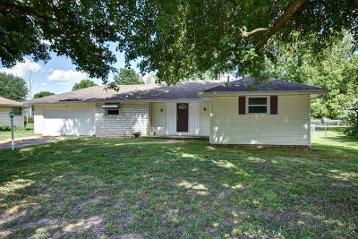 Nixa Single Family Home For Sale: 310 North Kentwood Avenue