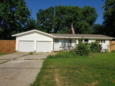 Nixa MO Single Family Home For Sale: $139,900
