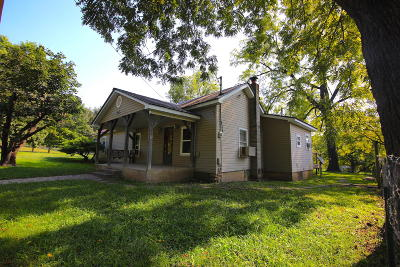 Single Family Home For Sale: 94 County Road 355a