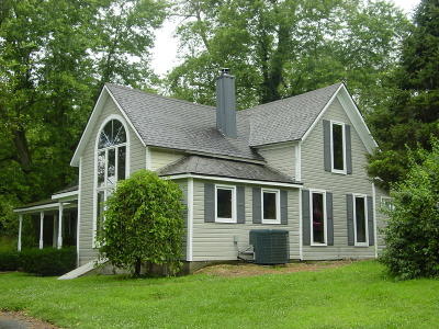 Aurora Single Family Home For Sale: 4033 Round House Rd.