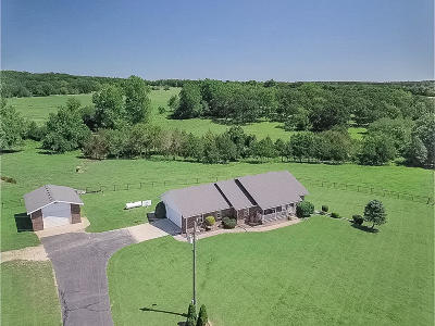 Webster County Single Family Home For Sale: 1159 Whispering Oaks Road
