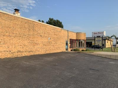 Christian County Commercial For Sale: 1011 Kenneth Street