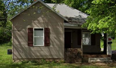 Springfield Single Family Home For Sale: 801 West Mt Vernon Street