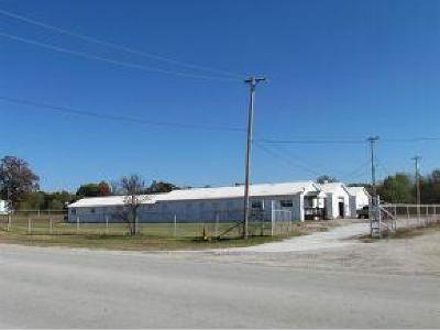 Neosho MO Commercial For Sale: $450,000
