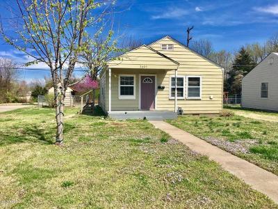 Jasper County Single Family Home For Sale: 2609 E 11th