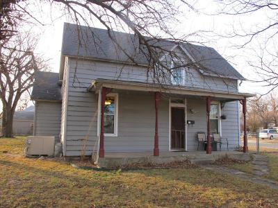 Jasper County Single Family Home For Sale: 902 S Picher Avenue