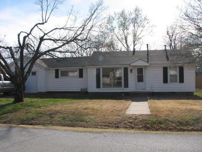 Newton County Single Family Home For Sale: 1614 Roark Avenue