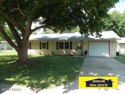 Neosho MO Single Family Home For Sale: $77,900