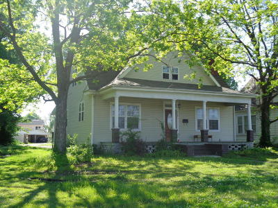 Jasper County Single Family Home For Sale: 919 S Madison