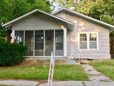 Jasper County Single Family Home For Sale: 1901 S Porter Avenue