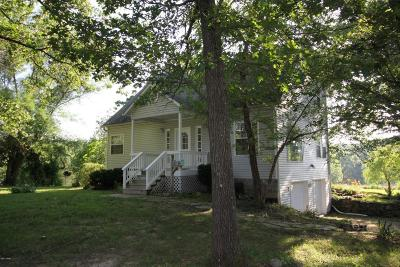 Neosho Single Family Home For Sale: 13186 McMinniville Lane