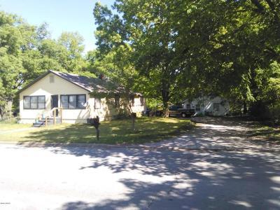 Jasper County Multi Family Home For Sale: 2315 Etc. Utica Street
