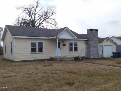 Jasper County Single Family Home For Sale: 2808 E 11th Street