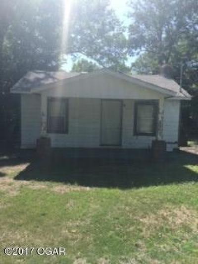 Newton County Single Family Home For Sale: 4130 S Indiana