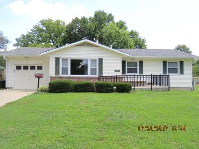 Jasper County Single Family Home For Sale: 203 Par Avenue
