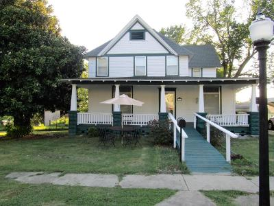 Galena Single Family Home For Sale: 1202 Wall St.