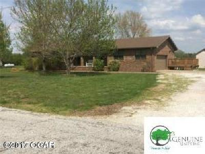 Neosho Single Family Home For Sale: 13813 Jay Drive