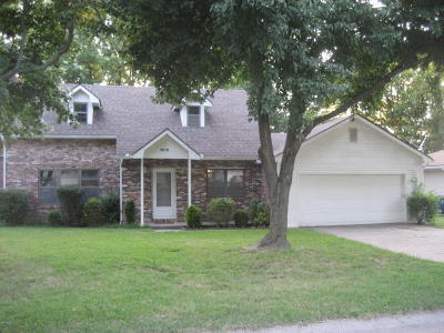 Newton County Single Family Home Active With Contingencies: 3616 Hawthorne Drive