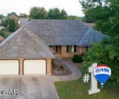 Joplin MO Single Family Home For Sale: $249,500