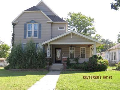 Carthage Single Family Home For Sale: 1072 S Garrison Avenue