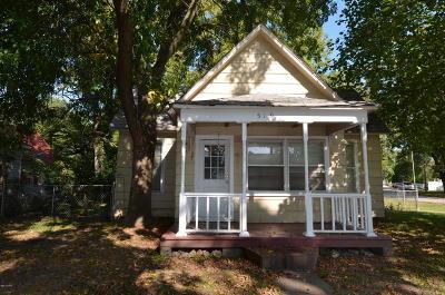 Seneca Single Family Home For Sale: 519 Ottowa Street