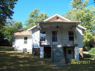Neosho MO Single Family Home Sold: $33,900