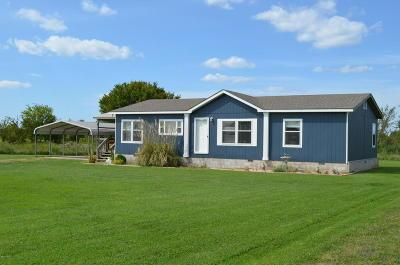 Seneca Single Family Home For Sale: 2590 Iris Road