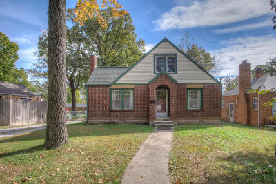 Joplin Single Family Home For Sale: 3417 Oak Ridge Drive