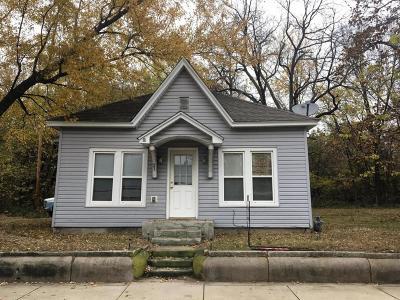 Jasper County Single Family Home For Sale: 903 E North Street
