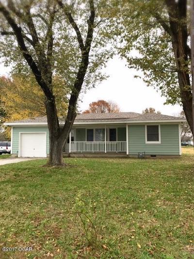 Jasper County Single Family Home For Sale: 604 S Main Street