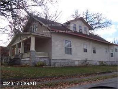 Carthage Single Family Home For Sale: 1103 S Garrison
