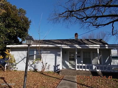 Galena Single Family Home For Sale: 1203 Short