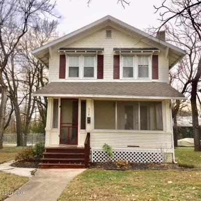 Jasper County Single Family Home For Sale: 534 N Jackson Avenue