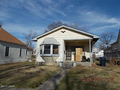 Webb City Single Family Home For Sale: 805 W 3rd Street