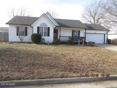 Jasper County Single Family Home For Sale: 1026 Meadow View