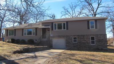 Newton County Single Family Home For Sale: 3712 Kentucky Avenue