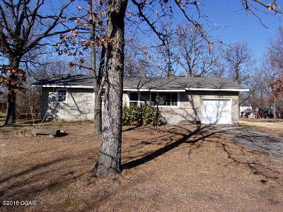 Carl Junction MO Single Family Home For Sale: $94,900
