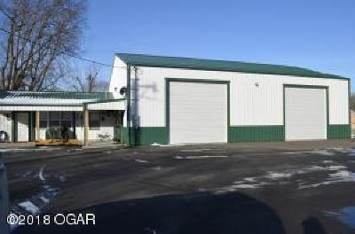 Seneca Single Family Home For Sale: 1412 1/2 Pine Street