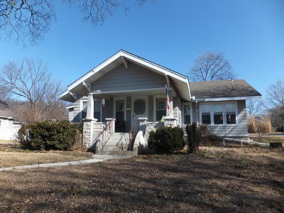 Carthage MO Single Family Home For Sale: $117,000