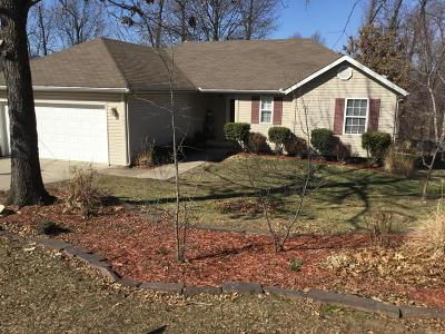 Newton County Single Family Home For Sale: 404 E Daugherty Road